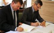 moment podpisania umów