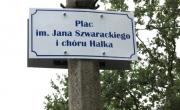 Tablica z nazwą placu