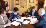 Podpisanie umowy - budowy ścieżki rowerowej